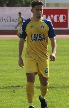 IVAN HUJO FIRMA CON EL CD AZUAGA.
